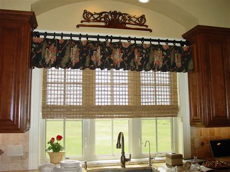 Kitchen Shades And Curtains Kitchen Window Treatments They Must Be Easy To Clean
