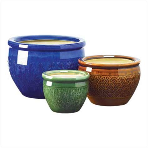 Flower Pot Containers Choosing Flower Pots For Stylish Gardens Homes And
