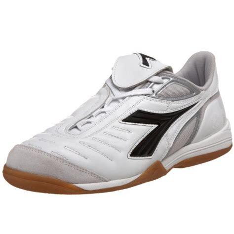 Sepatu Futsal Terbaik pilangcommunity daftar 10 sepatu futsal terbaik