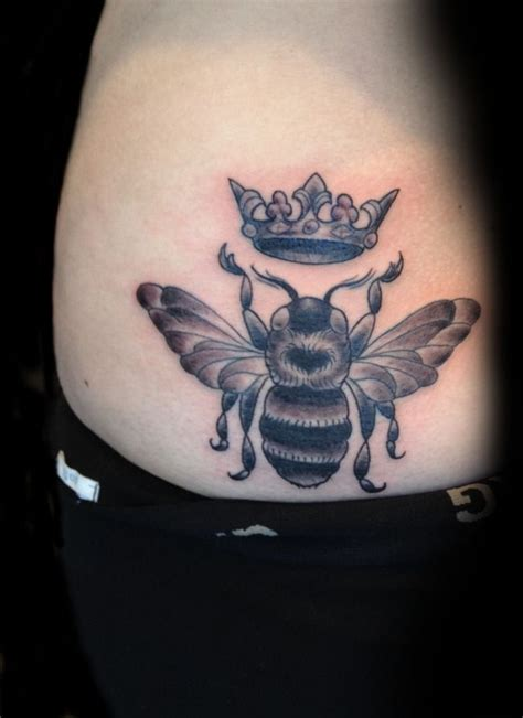 tattoo of queen bee queen bee tattoos pinterest
