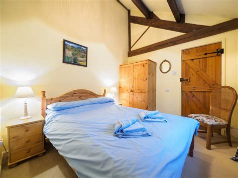 peak bedrooms 3 bedroom cottage in matlock dog friendly cottage in