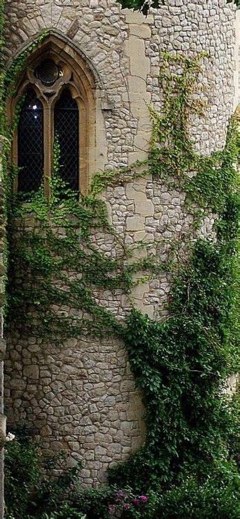 romantic gothic place   wait  create  castle