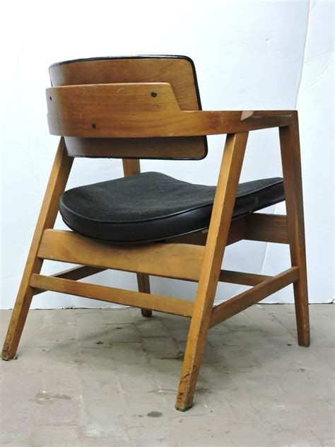 mid 20th century american modern lounge chairs by gunlocke