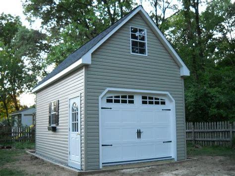 nice garage amish  single car  story vinyl garage