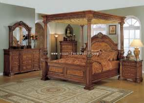 King Size Master Bedroom Sets Classic Mid Century Master Bedroom Design With King Size