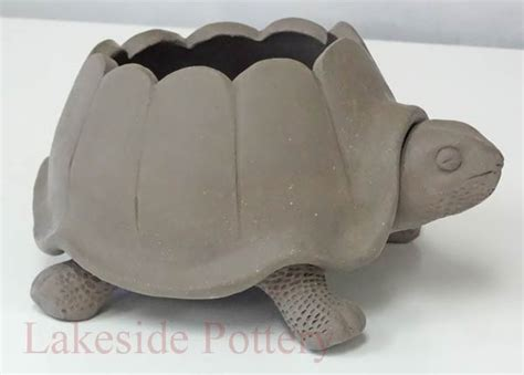 Vase Frog Pottery Projects Ideas And Pictures For Teachers And Artists