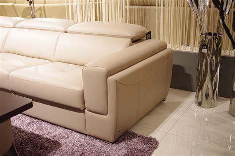 pulaski furniture sectional pulaski sectional sofa 28 images pulaski wellington