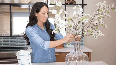 fixer upper joanna gaines shares her spring cleaning joanna gaines shares 7 favorite things from her spring
