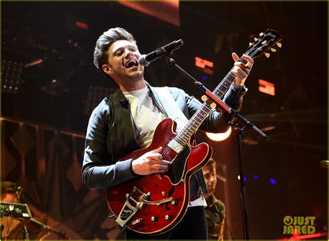 charlie puth jingle ball performance niall horan sam smith charlie puth rock out at z100