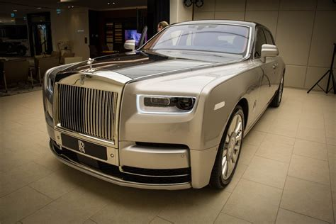 new rolls royce up and personal with the stunning new rolls royce