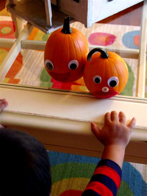 Pumpkin Decorating For Toddlers by No Carve Pumpkin Decorating For Happy Home