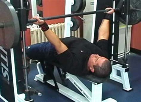 learn how to push up your bench press