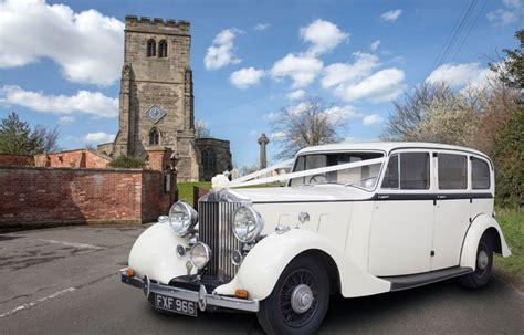 Wedding Car Fall by Vintage Wedding Cars Classic Wedding Cars Cupid Carriages
