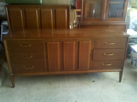 bedroom set broyhill premiere forward 70 for sale