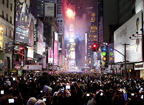 times square new years 2015 lineup new york new year s 2016 times square drop