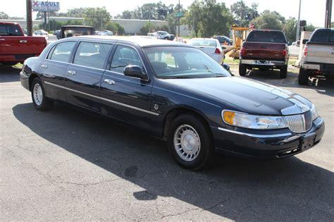 town car limousine 2000 lincoln town car limousine na prodej