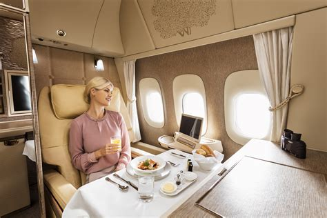 emirates cabin emirates unveils brand new cabins for its boeing 777 fleet