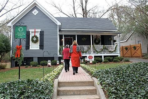 folk victorian christmas home tour tour a beautiful folk victorian