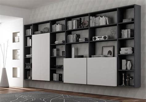 libreria con scrivania incorporata libreria con scrivania incorporata divano con libreria