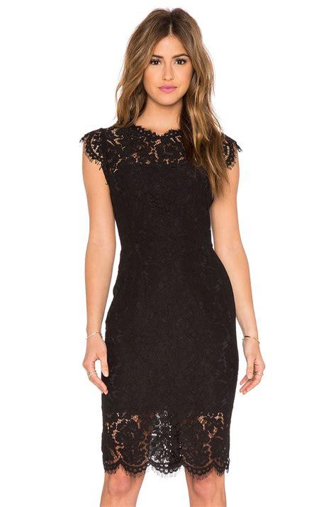 Minidress Renda zoe suzette lace mini dress em preto revolve looks vestido de renda