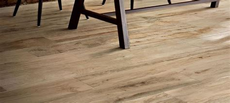 piastrelle legno prezzi gres porcellanato effetto legno prezzi piastrelle