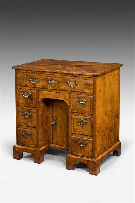 antique george i walnut kneehole desk richard gardner
