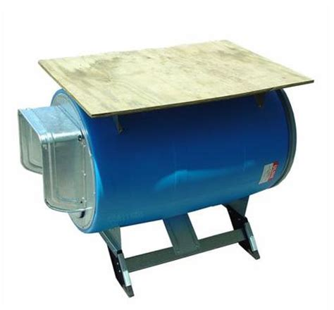 plastic barrel dog house barrel project diy photo s 55 gallon plastic drum projects 55 gallon metal drum