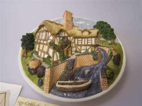 David Winter Cottages Collectors Guild by David Winter Cottages Quot On The Riverbank Quot Plaque No 23