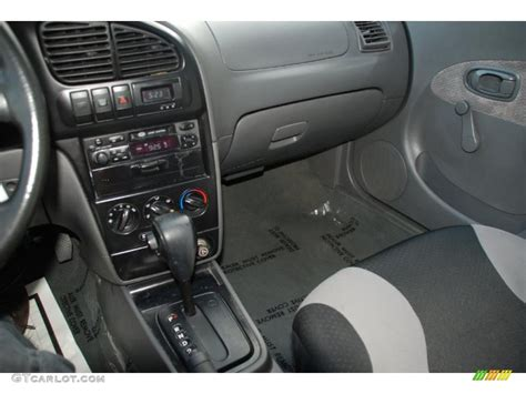2003 Kia Spectra Interior 2002 Kia Spectra Sedan Controls Photo 39195995 Gtcarlot