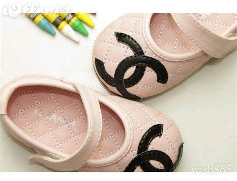chanel baby shoes lovely pink chanel shoes oh my goddd baby clothes