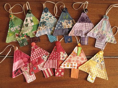 Patchwork Tree Decorations - 25 best ideas about quilted ornaments on