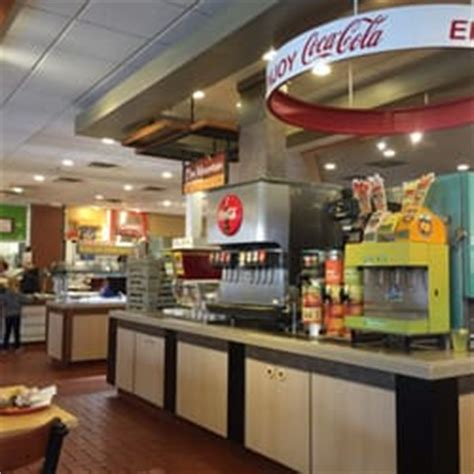 hometown buffet 28 photos 47 reviews buffet 1804 s