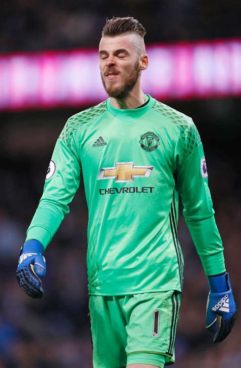 di gea david de gea to real madrid goalkeeper agrees move and