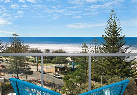 holiday appartments gold coast new listing 7f peninsula gold coast holiday stays