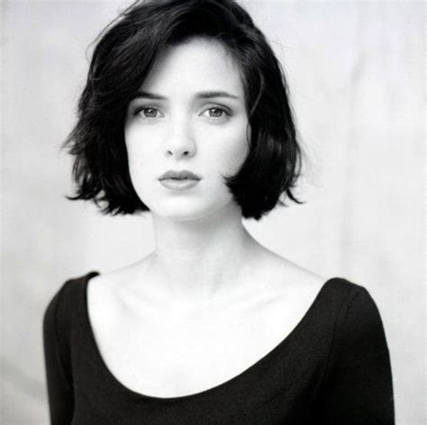 bobs of the 90s short hairstyles hair bob 90s winona ryder hairstyles pinterest