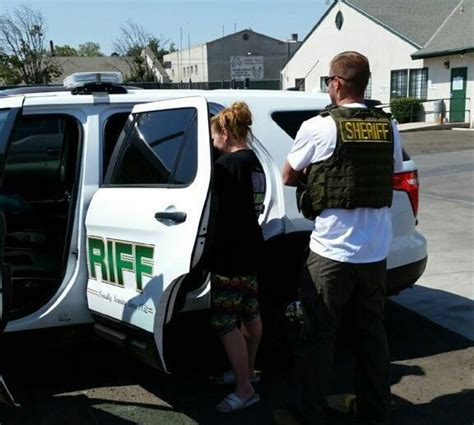 Tulare County Warrant Search One Of Tulare S Most Wanted Nabbed Kmj Af1