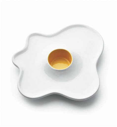 eierbecher im spiegelei design luckies fried egg cup be deluxe - Designer Eierbecher