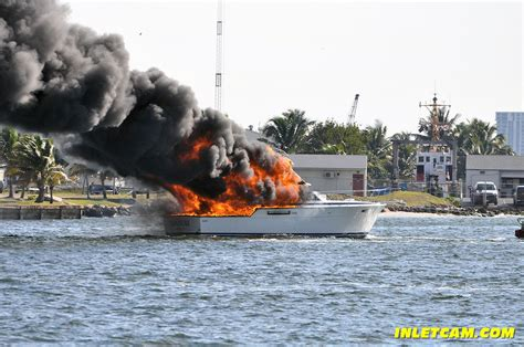 yacht fire port everglades yacht fire