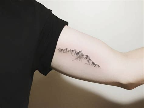 mountain tattoo 46 magnificent mountain designs mountain