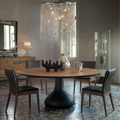 tavolo con gamba centrale idee tavolo rotondo 10 modelli per la sala da pranzo