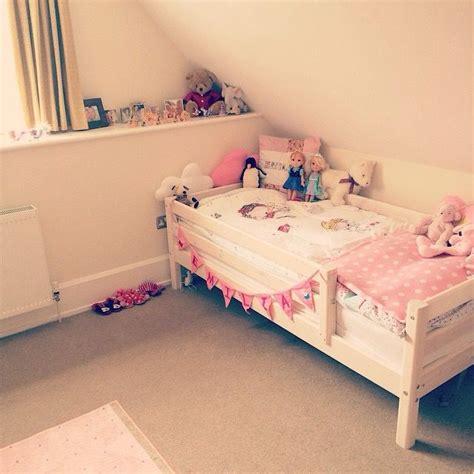 zoellas bedroom emilia s room sacconejoly pinterest