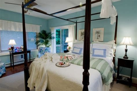 nyc bed and breakfast quintessentials bed breakfast and spa a east marion long island new york bed and