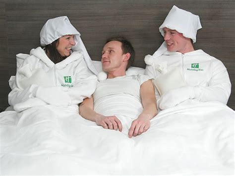 bed tester jobs la bouillotte humaine pour chauffer son lit hot
