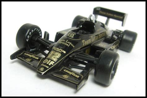 Kyosho 1 64 Lotus 98t 11 ミニカーコレクション モノぶろぐー セナのマシン lotus 97t 12 by 京商 サークルkサンクス限定