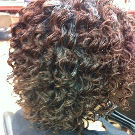 shoulder length hair spiral perm spiral perm medium length hair newhairstylesformen2014 com