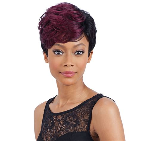 black short hairstyles and get ideas how to change your hairstyle 2018 short haircuts for black women 57 pixie short black