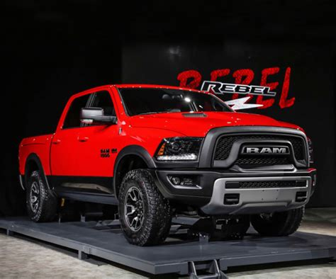 Dodge RAM Rebel Updated For 2017 to Compete With Ford