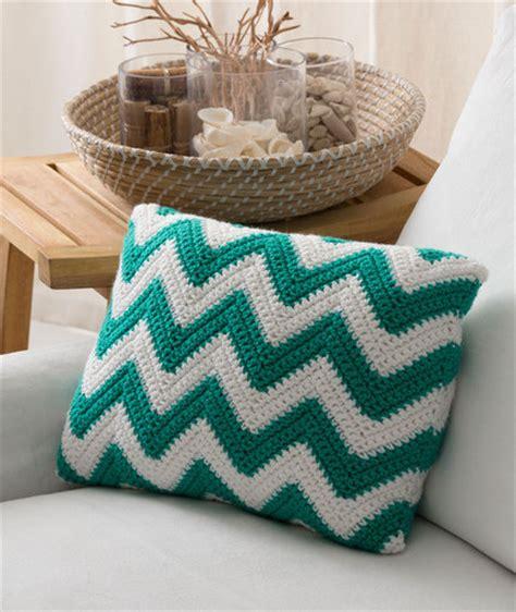 free crochet pattern heart pillow seaside pillow red heart