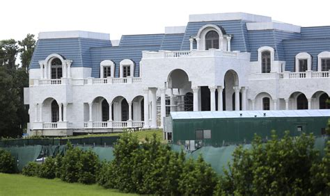 The Of Versailles House by Jackie Siegel Quot The Of Versailles Quot Orlando Sentinel