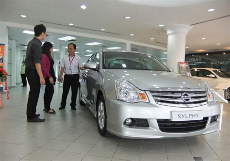 nissan malaysia 2012 nissan sylphy introduced in malaysia
